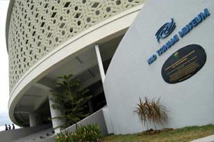 Merasakan Bencana Alam di Museum Tsunami Aceh