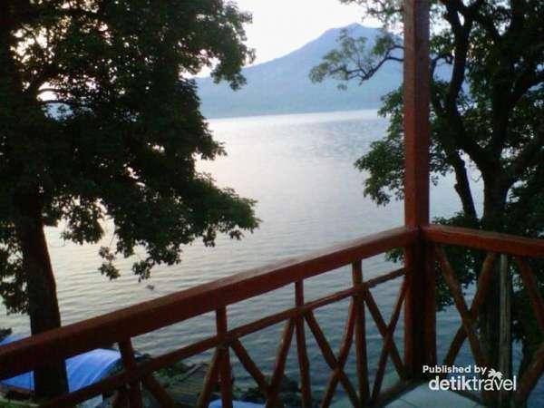 Pesona Danau Ranau, Danau Terbesar Kedua di Sumatera